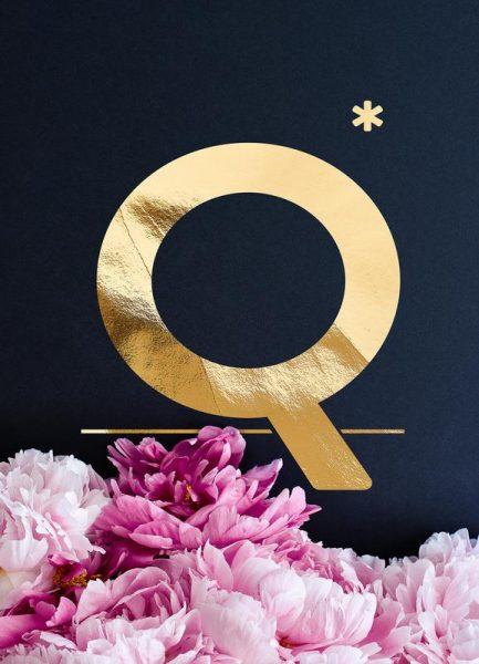 Flower Alphabet Q Leinwandbild