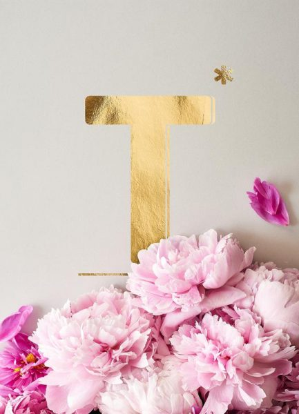 Flower Alphabet T Leinwandbild