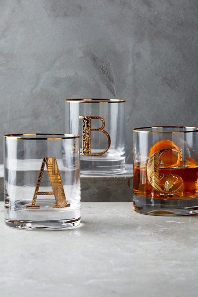 Glas mit goldenem Monogramm - A8567000