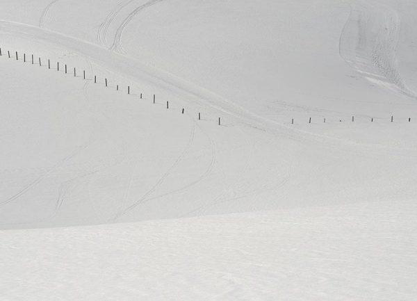 Lines in the Snow Leinwandbild