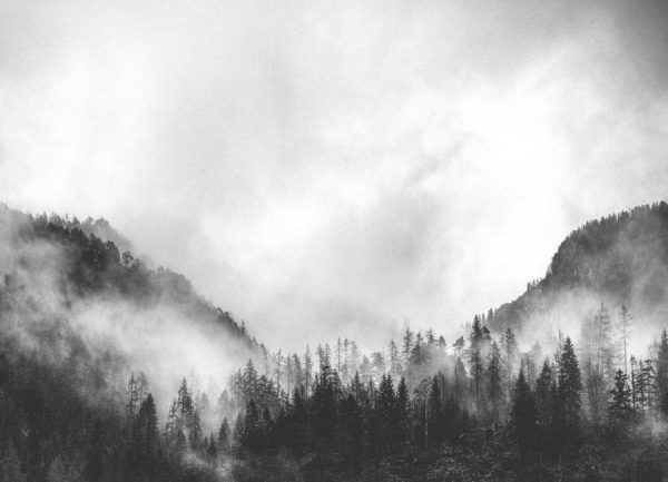Moody Clouds 4 Leinwandbild