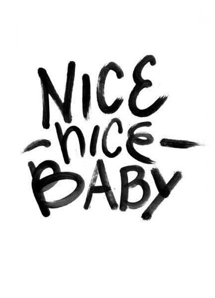 Nice Baby Leinwandbild
