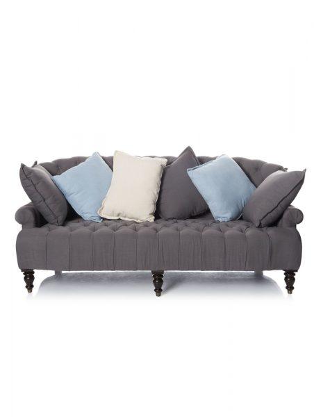 Sofa mit farbigen Kissen000025664000
