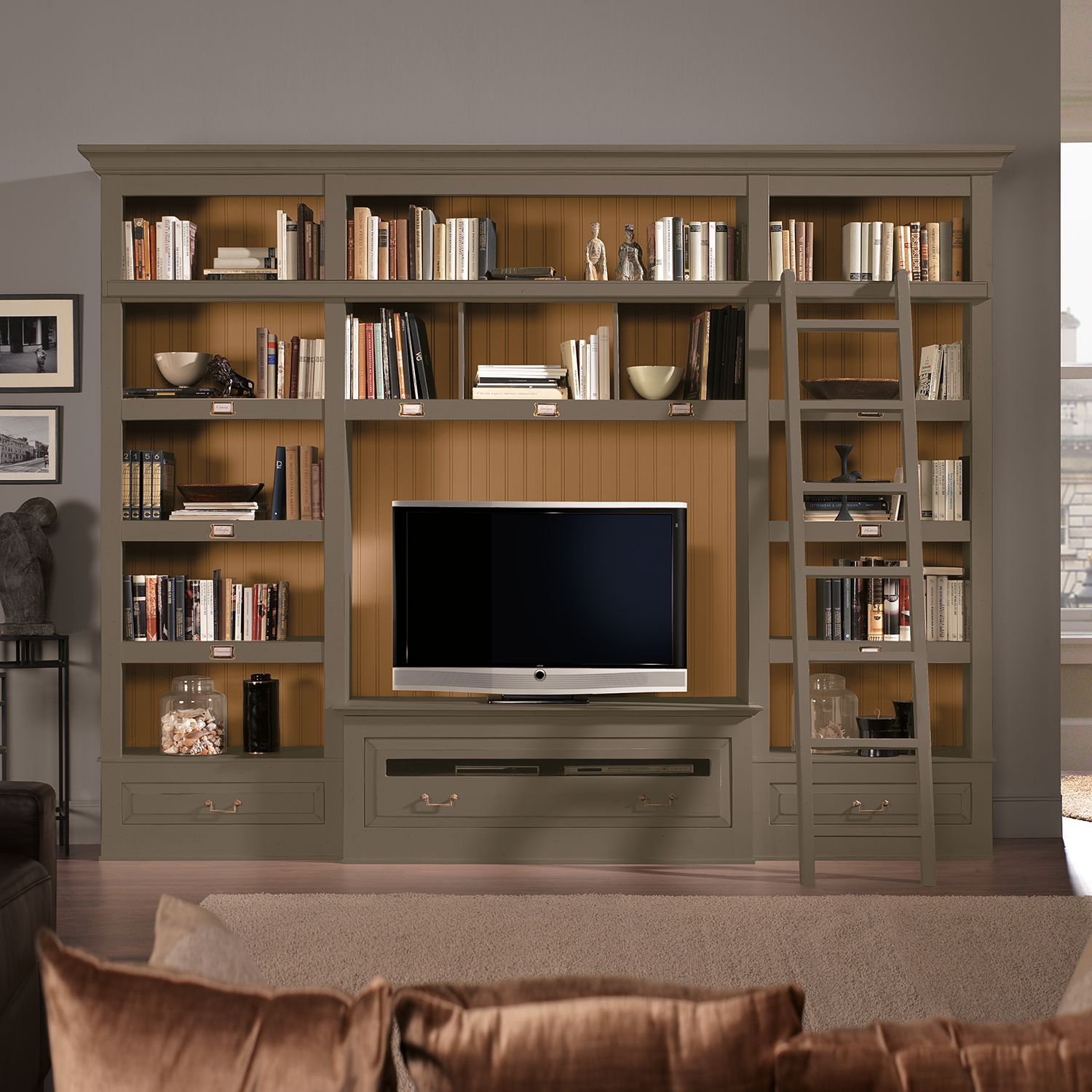 tv wand azjana i pinie teilmassiv granit pinie honig mit leiter maison belfort online. Black Bedroom Furniture Sets. Home Design Ideas