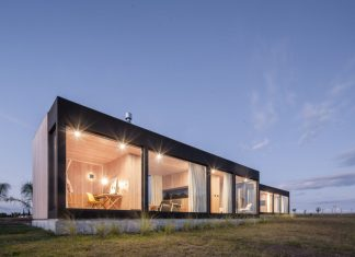 Charmant Modular, Wooden REPII House Created In Uruguay By VivoTripodi As A.